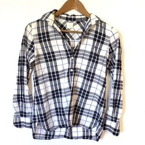 J Crew Plaid Long Sleeve Button Down Top